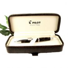 "Pilot Capless ""Vanishing Point"" Fountain Pen Limited Edition 2012"